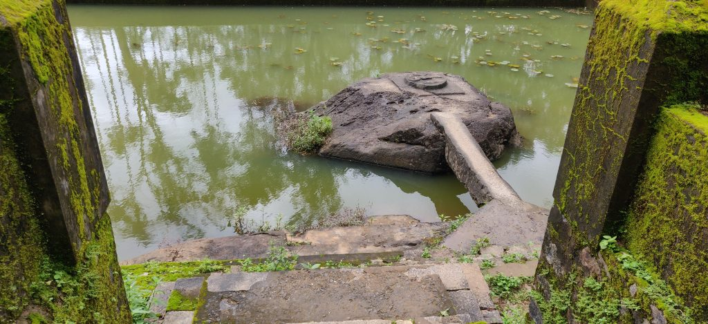 a sacred pond in thirunelli temple images