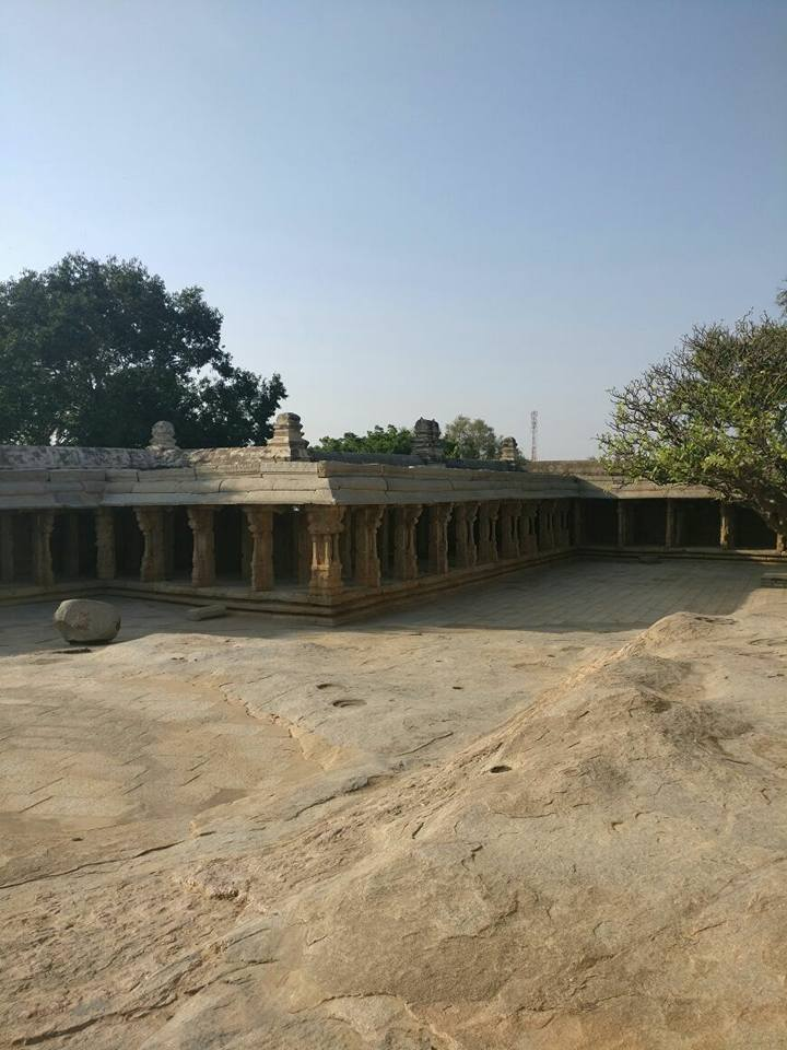 One day trip From Bangalore _ Lepakshi temple photos